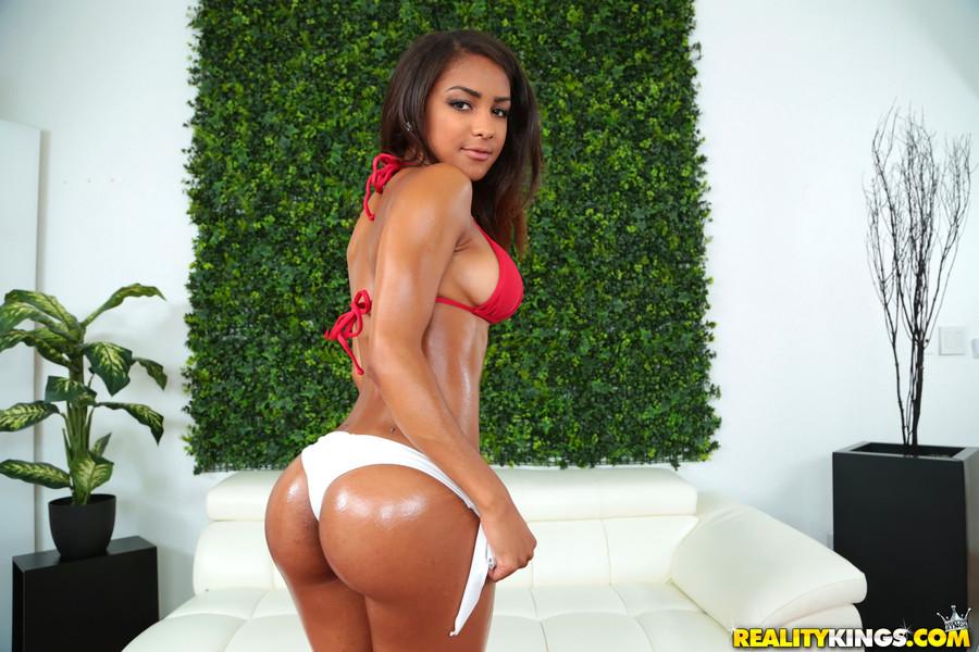 Nicole Bexley Ass